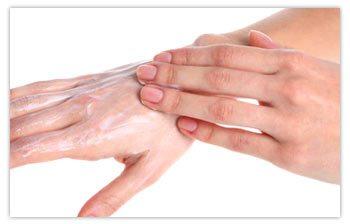 bleaching-full-hands