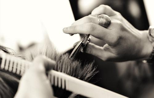 hair-triming-women